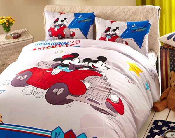 White Color Mickey Minnie Teens Bedroom Bedding Set 3 600x473 - White Color Mickey Minnie Teens Bedroom Bedding Set