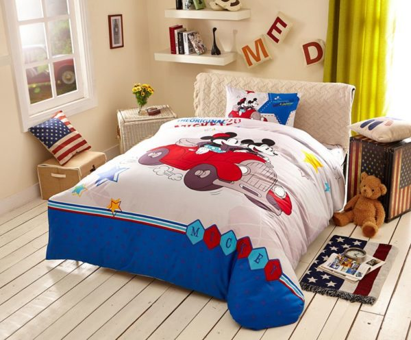 White Color Mickey Minnie Teens Bedroom Bedding Set 4 600x496 - White Color Mickey Minnie Teens Bedroom Bedding Set