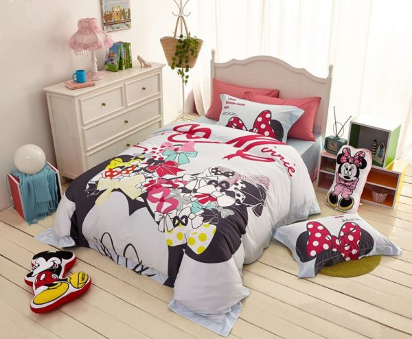 disney mickey mouse bed set for adults 6 600x494 - Disney Mickey Mouse Bed Set for Adults