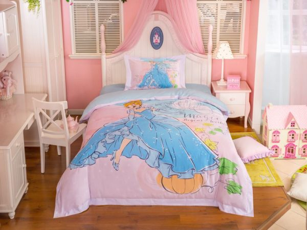 disney princess cinderella movie themed bedding set 12 600x449 - Disney Princess Cinderella Movie Themed Bedding Set