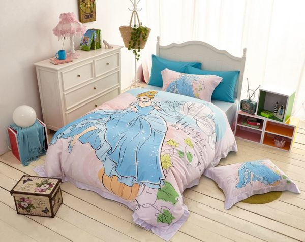 disney princess cinderella movie themed bedding set 14 600x477 - Disney Princess Cinderella Movie Themed Bedding Set