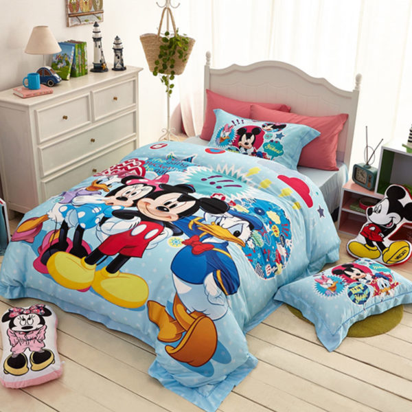 mickey mouse and friends bedding Set 6 600x600 - Mickey Mouse and Friends Bedding Set