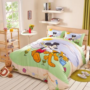 Mickey Mouse and Pluto Bedding Set Twin Queen Size