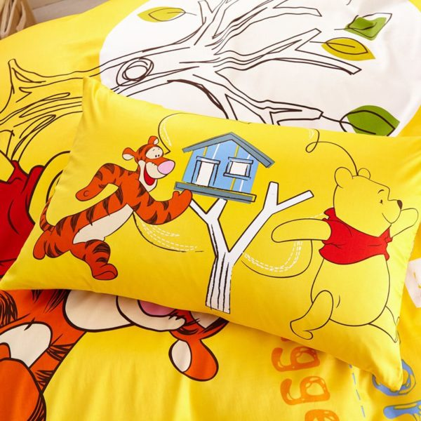 tigger winnie the pooh bedding set twin queen size 8 600x600 - Tigger Winnie the Pooh Bedding Set Twin Queen Size