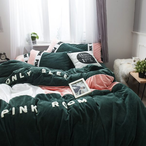 Victorias Secret Pink Embroidery Flannel Bedding Set Model 3 8 600x600 - Victoria's Secret Pink Embroidery Flannel Bedding Set - Model 3