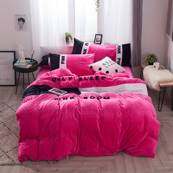 Victorias Secret Pink Embroidery Flannel Bedding Set Model 4 17 600x600 - Victoria's Secret Pink Embroidery Flannel Bedding Set - Model 4