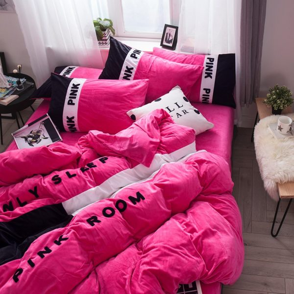 Victorias Secret Pink Embroidery Flannel Bedding Set Model 4 3 600x600 - Victoria's Secret Pink Embroidery Flannel Bedding Set - Model 4