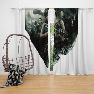 Alien Covenant Movie Katherine Waterston Michael Fassbender Xenomorph Window Curtain