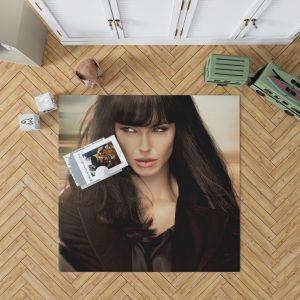 Angelina Jolie in Salt Movie 2010 Bedroom Living Room Floor Carpet Rug 1