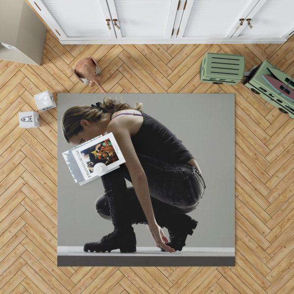 Summer Glau in Terminator The Sarah Connor Chronicles TV Show Bedroom Living Room Floor Carpet Rug 1